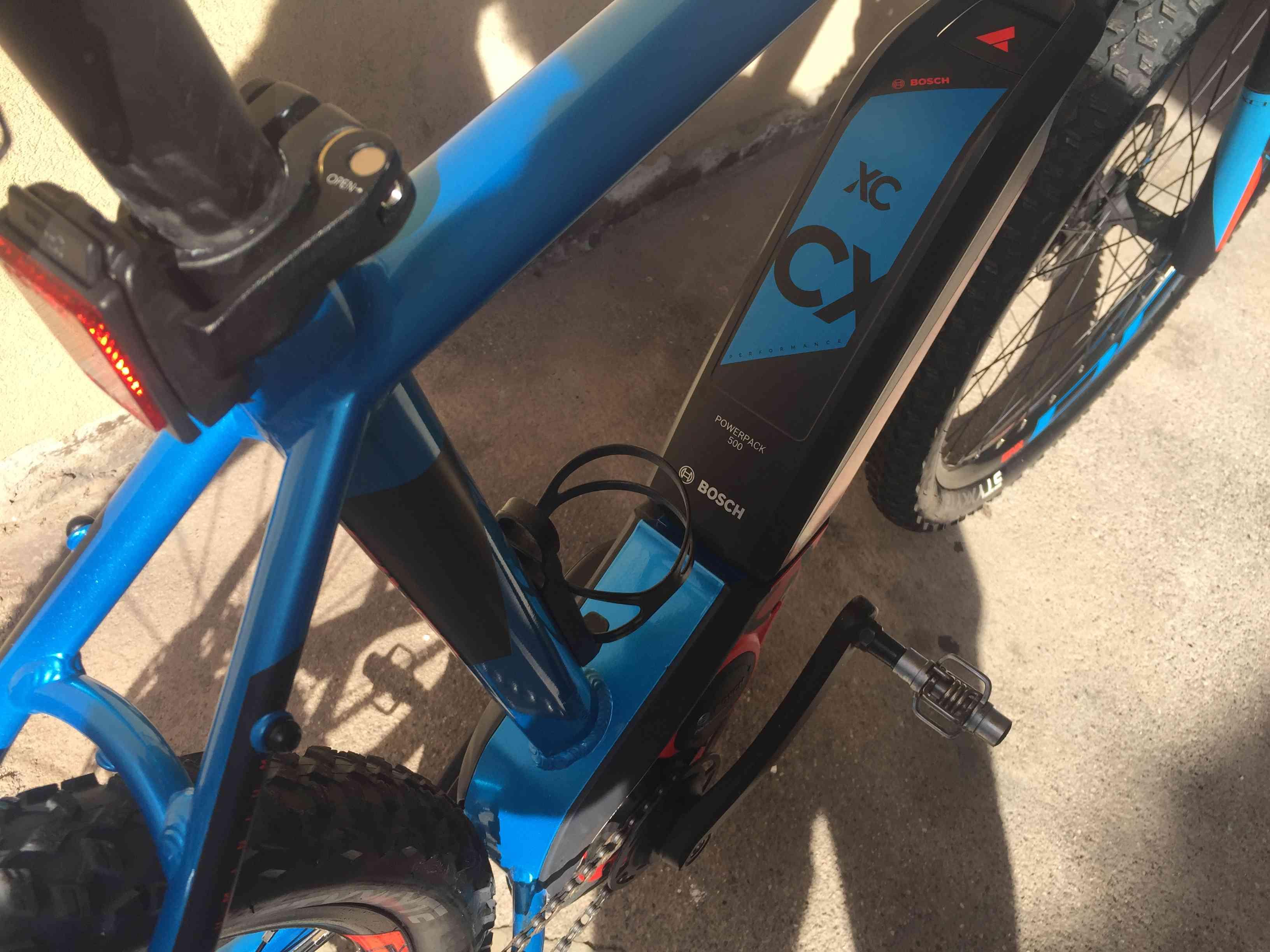 Mountain Bike marca Bull Elettrica modello SIX 50 ETCX da uomo, misura L