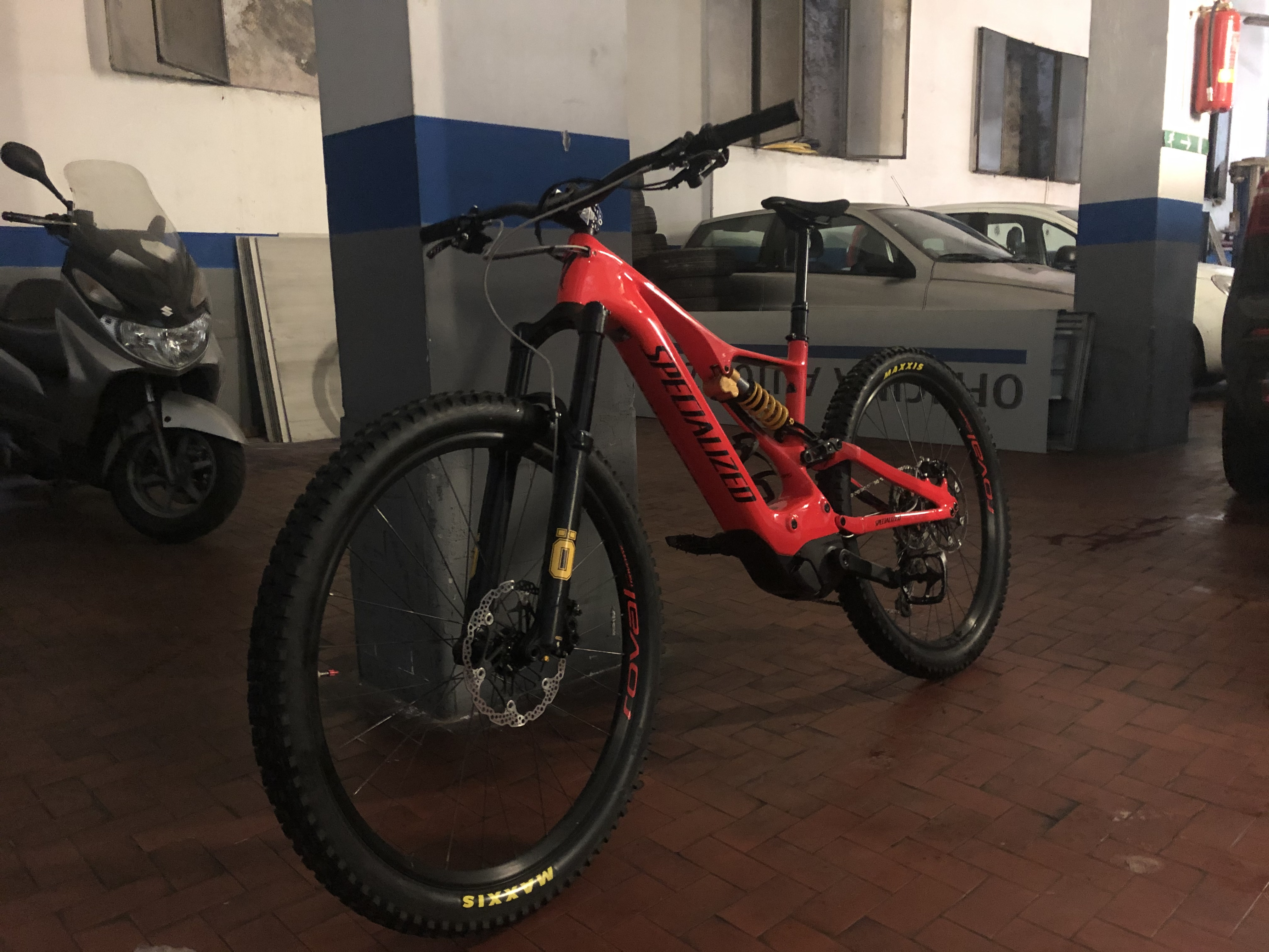 Specialized turbo levo comp carbon 2019 tg L